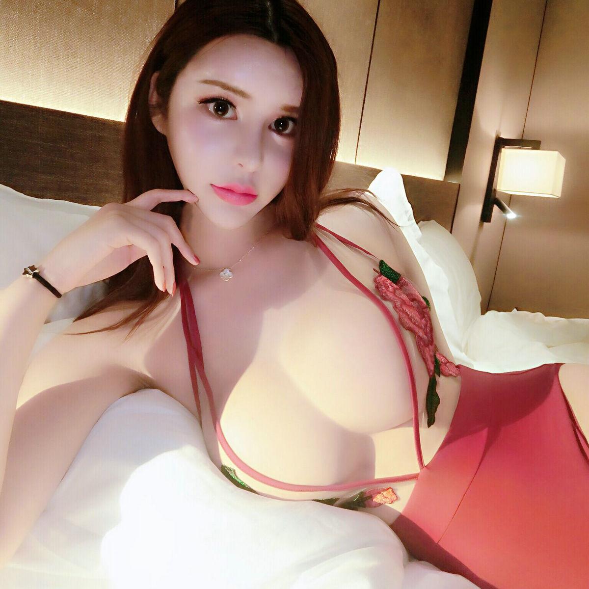 名媛性感深v刺绣花朵蕾丝连体衣买家秀图片
