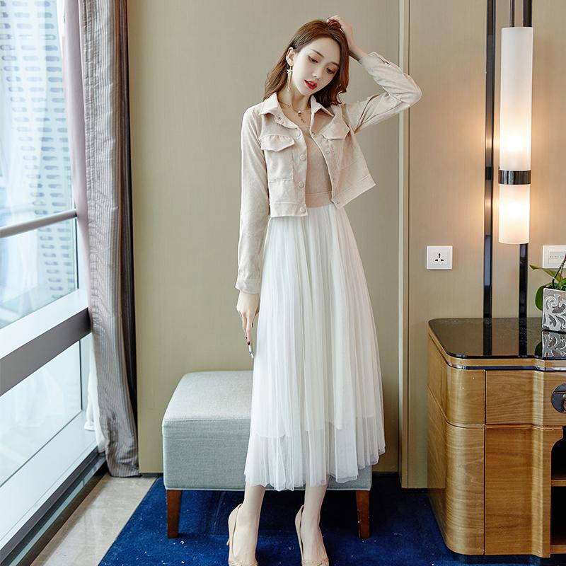 网红很仙的外套配吊带裙套装两件套2019秋新款女装气质网纱连衣裙