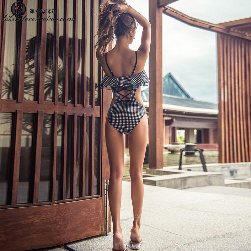 性感泳衣女连体三点式比基尼小胸聚拢温泉韩国可爱俏皮ins游泳装