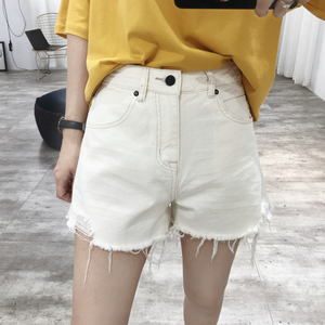 Korean hole folds A word high waist denim shorts women 2019 summer new loose was thin student black and white hot pants