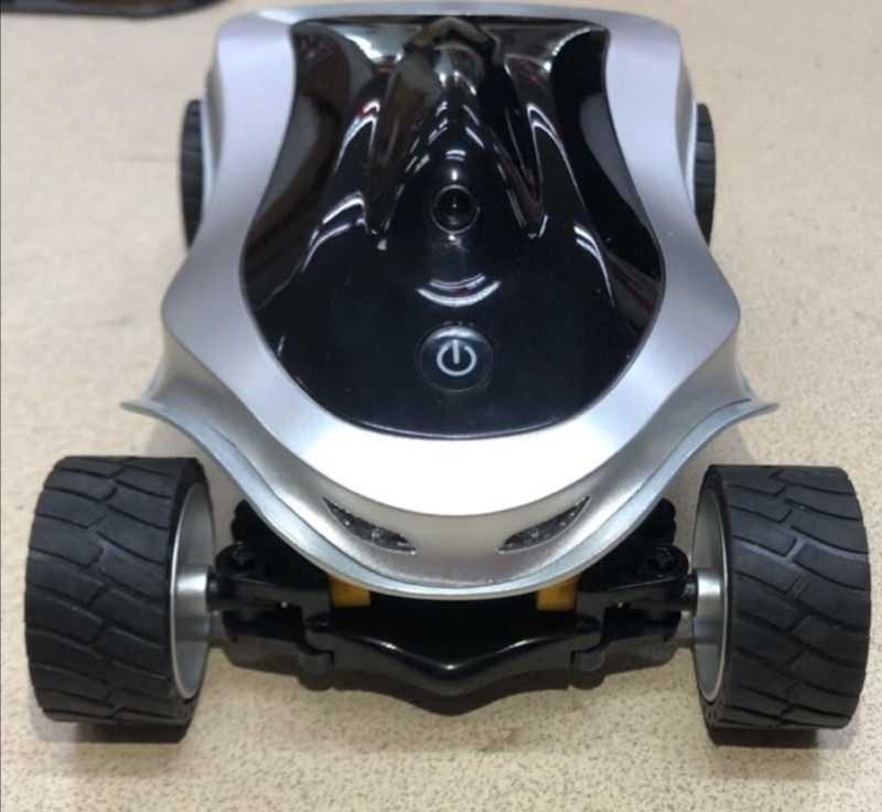 WIFI手机视遥控车,画面很清晰,橡胶轮胎,摩擦力很好,金属