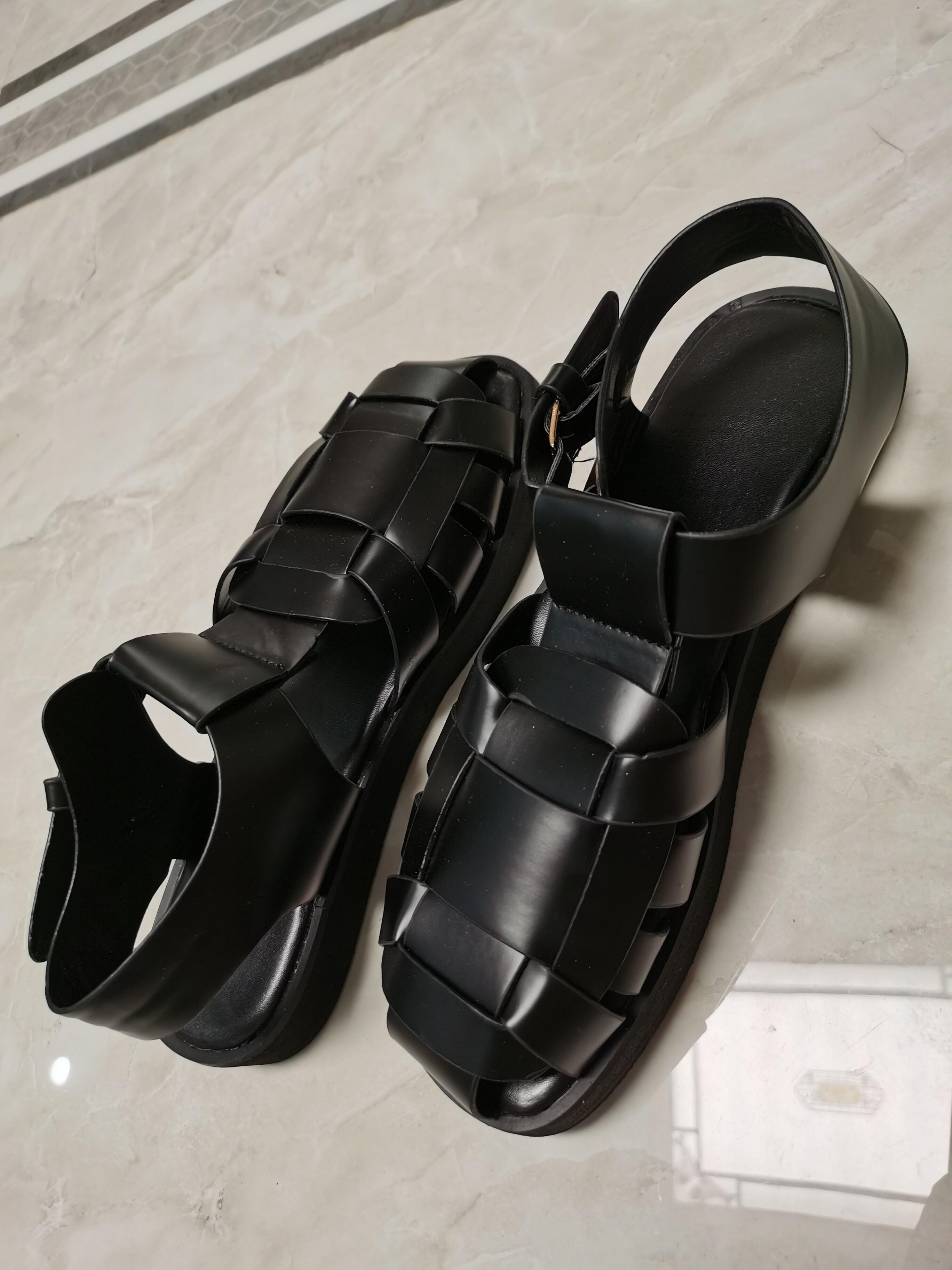 新款复古鞋网红渔夫鞋凉鞋 款式:罗马鞋 鞋底材质:橡胶 鞋底
