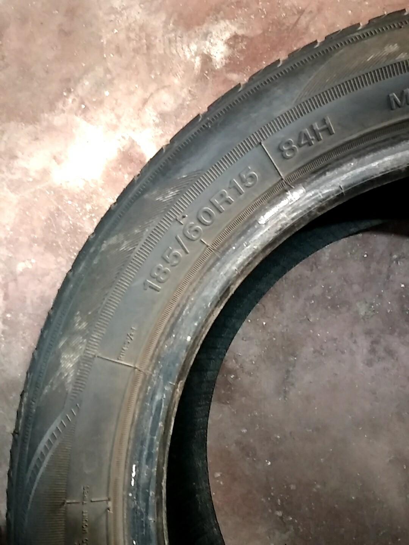 185/60/15二手汽车轮胎出售,托朋友在拆车厂给我的车拆