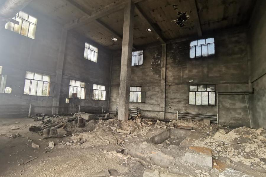 准格尔旗薛家湾镇唐公塔村的土地使用权及其地上建筑物