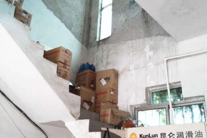 拍卖位于永丰县恩江镇绿海大道贸易广场C3幢20室店面1个