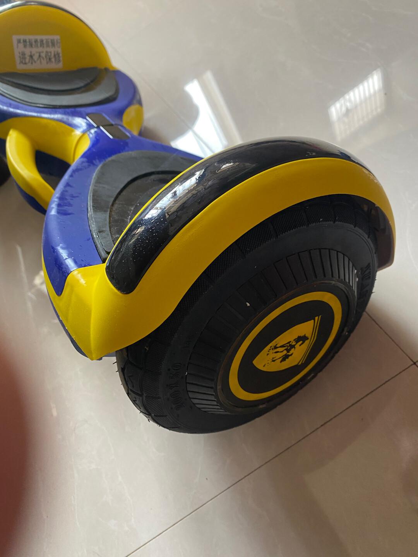 全新小孩平衡车,中奖送的在网上看了几百东西,东西沉发货时候验