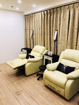 芝华多功能士按摩椅小型家用头等舱单人办公室电动颈椎按摩太空椅