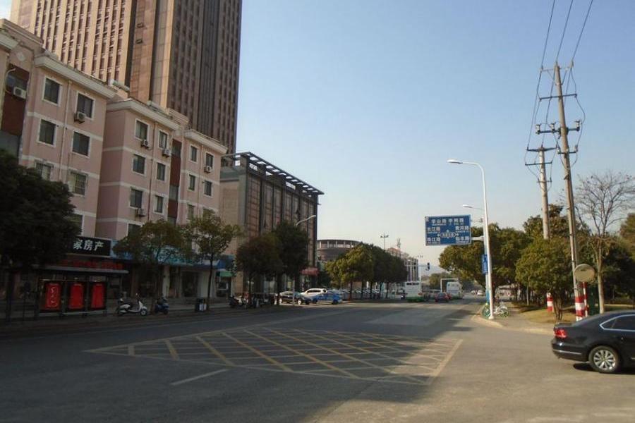 (二拍)常熟市海虞北路58-1号中凯国际大厦103室不动产等财产