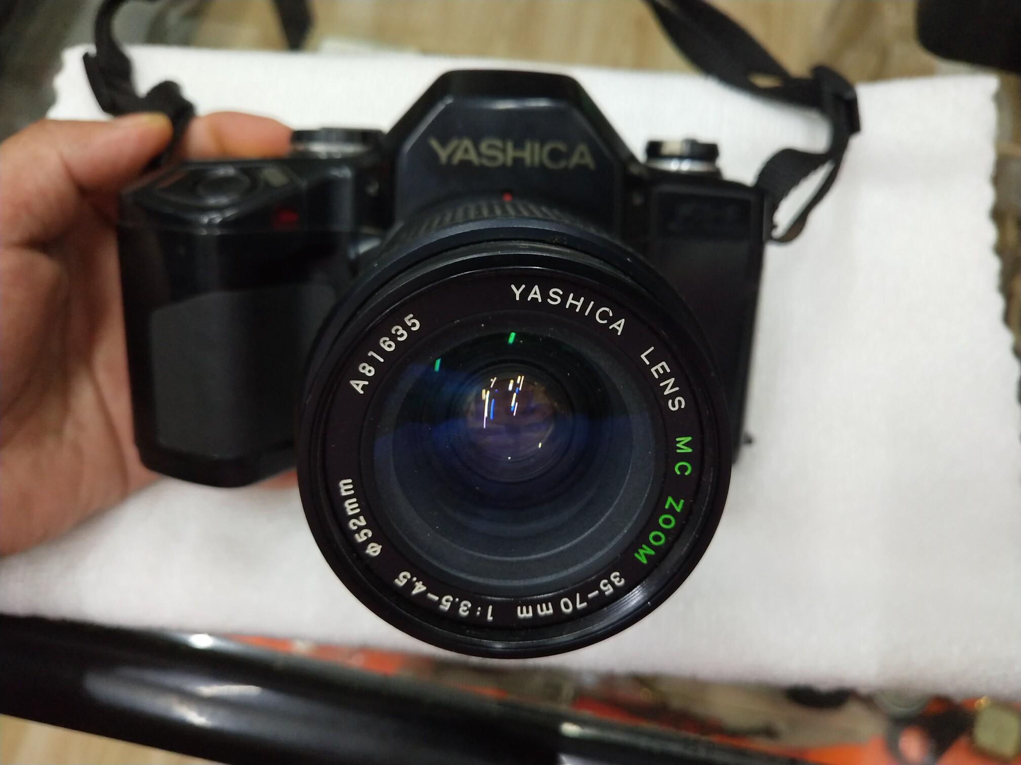 雅西卡FX-8型相机。