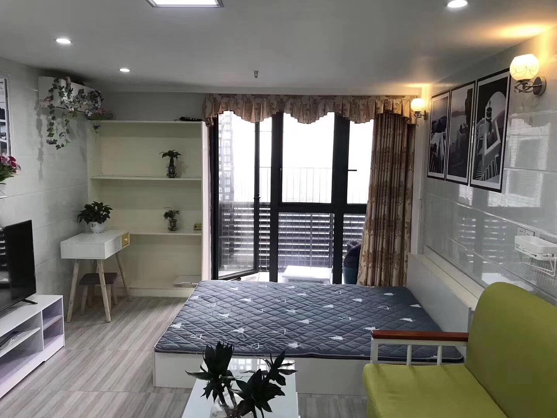兆阳0立方一房独立厨房外阳台可以短租