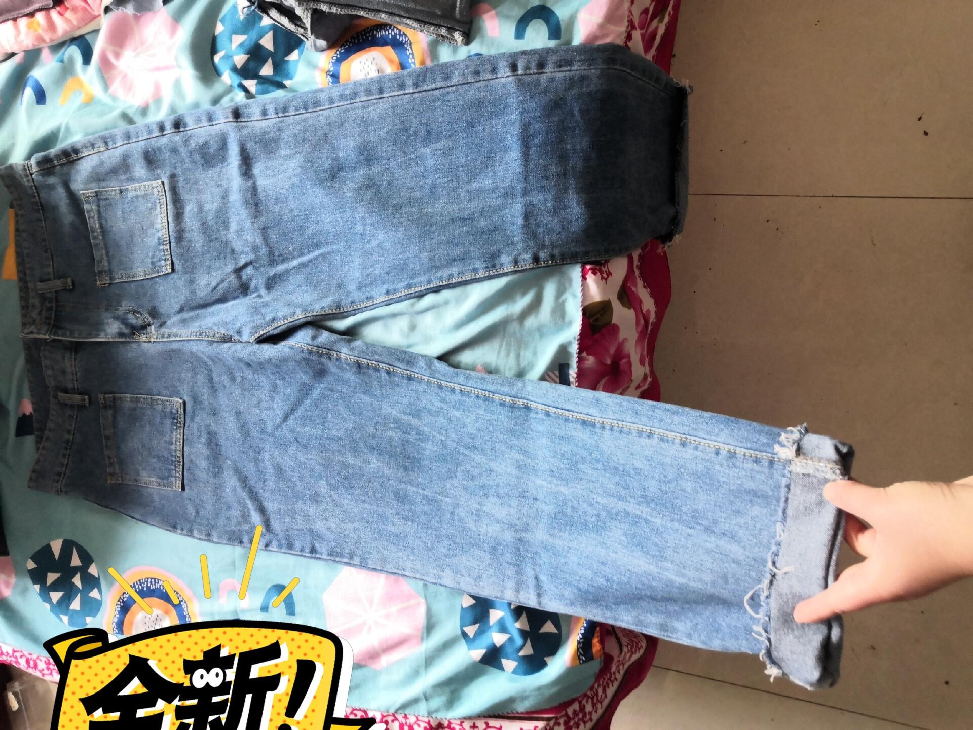牛仔阔腿裤全新,在实体店89的,买了一直没穿过,试了一下穿不