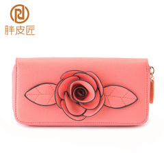 Fat Cobblers spring/summer 2016 new wallet large zip around wallet features classic roses wallet clutch bag