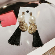 New Korea Korean fashion hyperbole Palace long fringed rhinestone Pearl Earrings women''s accessories wild women