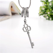 Love necklace for women winter sweater with decorative flowers long key necklace Joker Korea jewelry pendant package mail