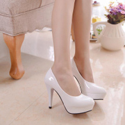 New sexy clubs black and white light in spring and summer with waterproof fine ultra high heel 10cm shoes women's shoes for mail
