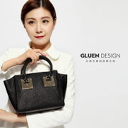 Gu Luowen 2015 new smiley Pack bat-shaped wings for fall/winter women's leather leather shoulder Crossbody bags