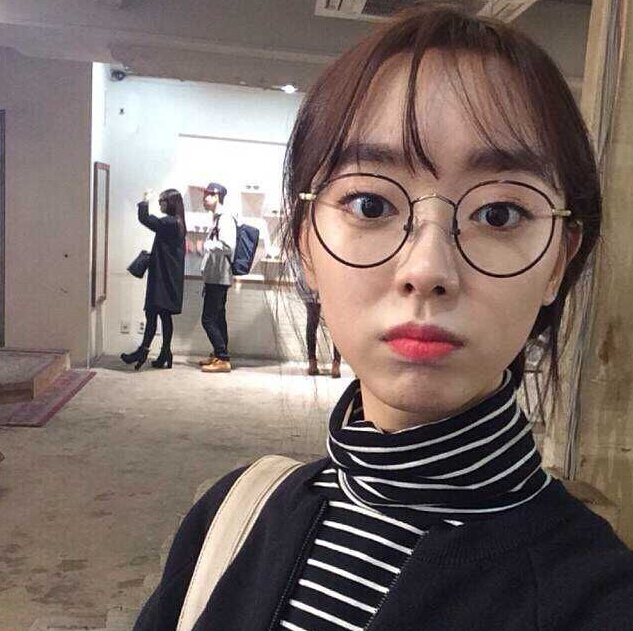 秋鼕新款韓版女裝寬松顯瘦百搭條紋上衣高領長袖t恤女學生打底衫