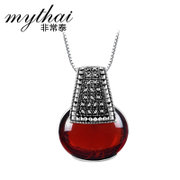 Thai Thai Silver 925 Silver fashion pendant red CZ creative fashion hand Lady pendant