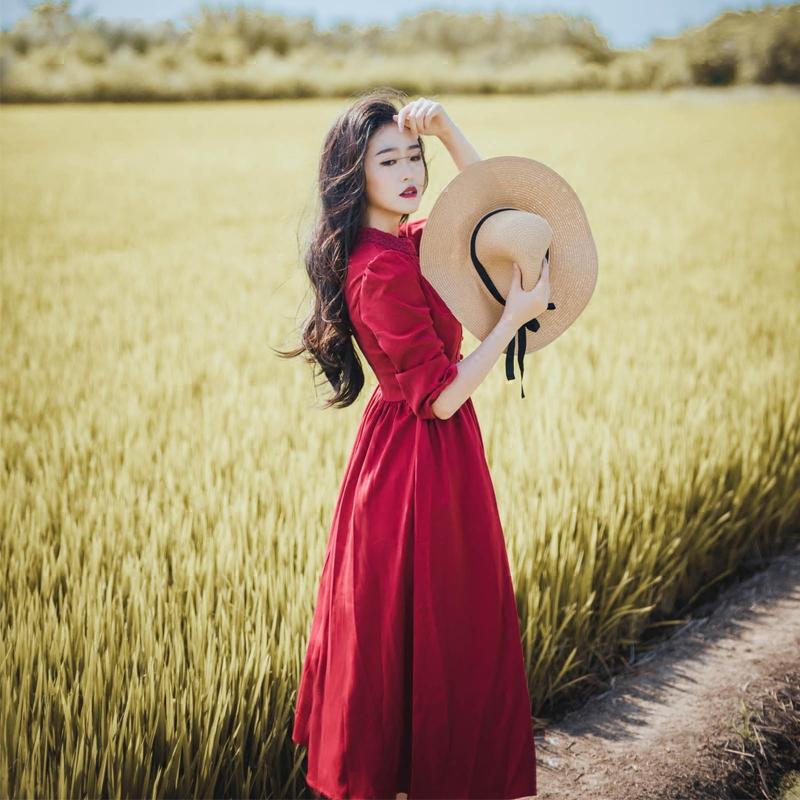 秋冬新款复古大摆蕾丝气质高腰长裙红裙修身显瘦7分袖连衣裙