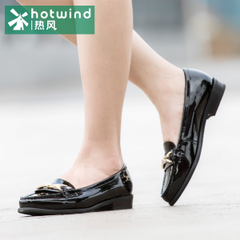 Hot shoes spring female flat patent leather shoes casual shoes leather shoes 61H5847