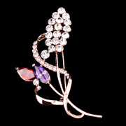 Ho beautiful upscale female flower Crystal brooch brooch pin jewelry decorative clasp with decorative scarf buckle shoulder buckle