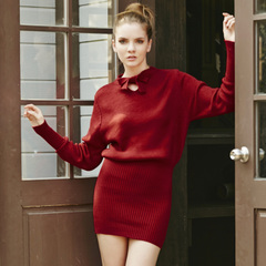 Europe Spring new elegant leisure bat sleeve knitted red bow-tie dress hip skirt 9375
