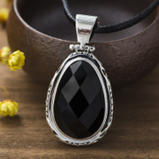 Is 925 Silver Thai fashion wild temperament Korean woman natural black agate pendant silver pendant new