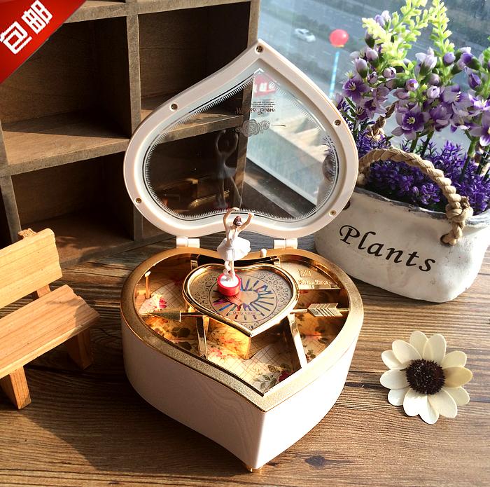 芭蕾跳舞旋转女孩心形音乐盒送儿童生日儿童礼物女生创意八音盒