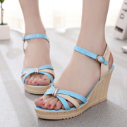 2015 new summer sweet Rome recreation of the Korean version of the thick-soled platform high heel peep wedge Sandals women shoes