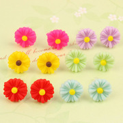 Cool na Korean small resin Daisy flower Stud Earrings Korean hypoallergenic plastic rod Auricular acupuncture 2031