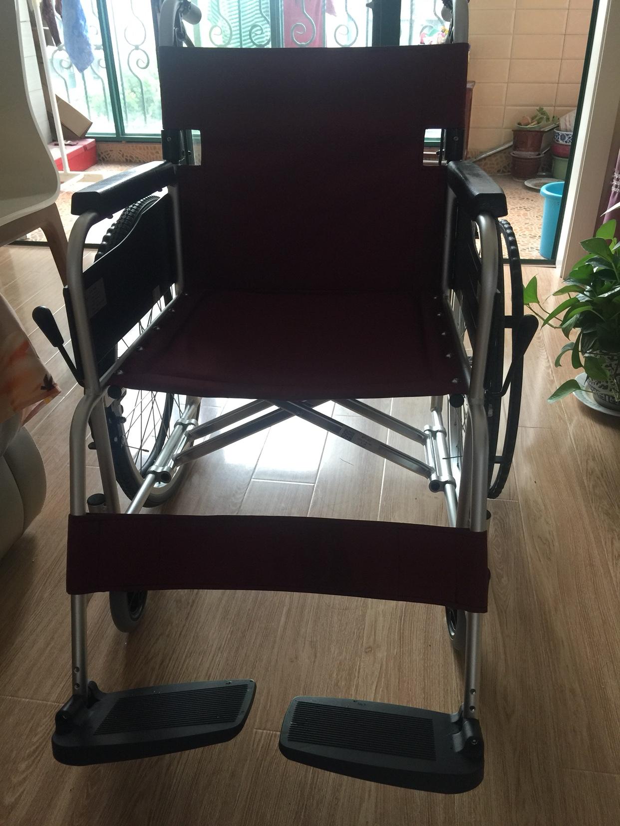 请问评测一下MIKIMPT-43JL轮椅反馈如何,想入手的朋友一定看看!