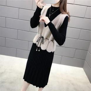 长袖连衣裙新款2020秋季韩版收腰针织马甲两件套连衣裙女中长款