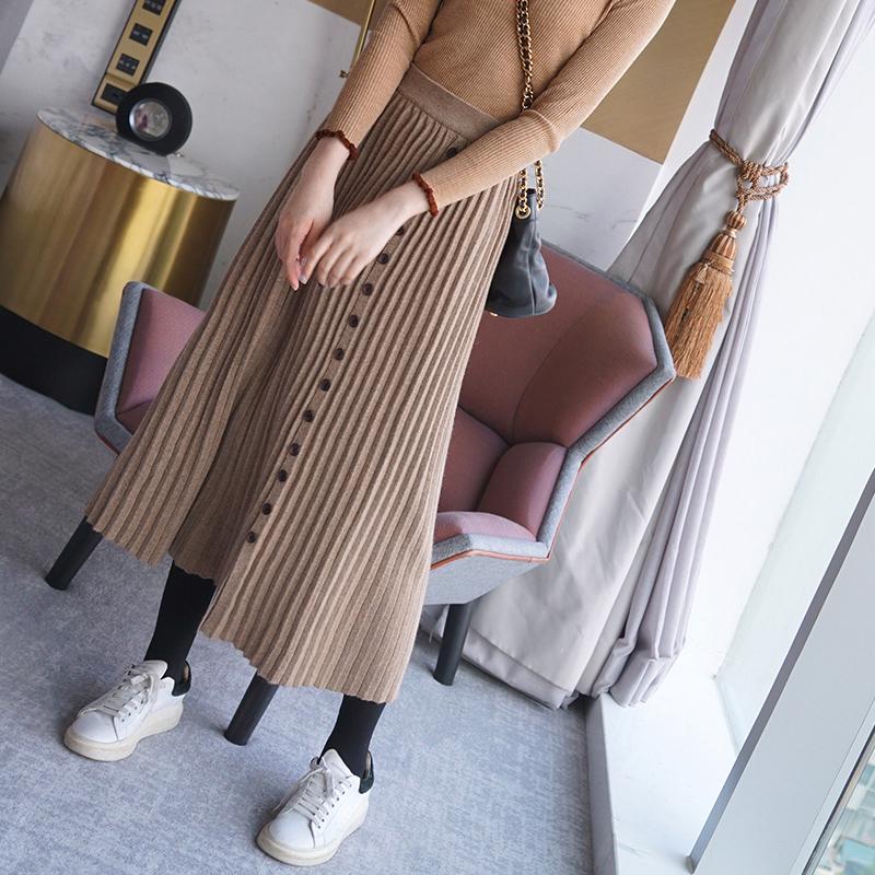 【双12新品】yibox柔柔水波2017冬单排纽扣针织半身裙百褶裙Q8744