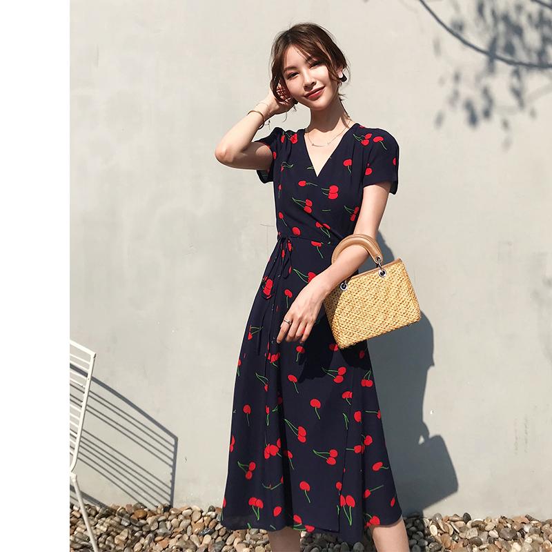 法式显瘦茶歇裙女夏季一片式中长款裹身裙修身气质雪纺樱桃连衣裙