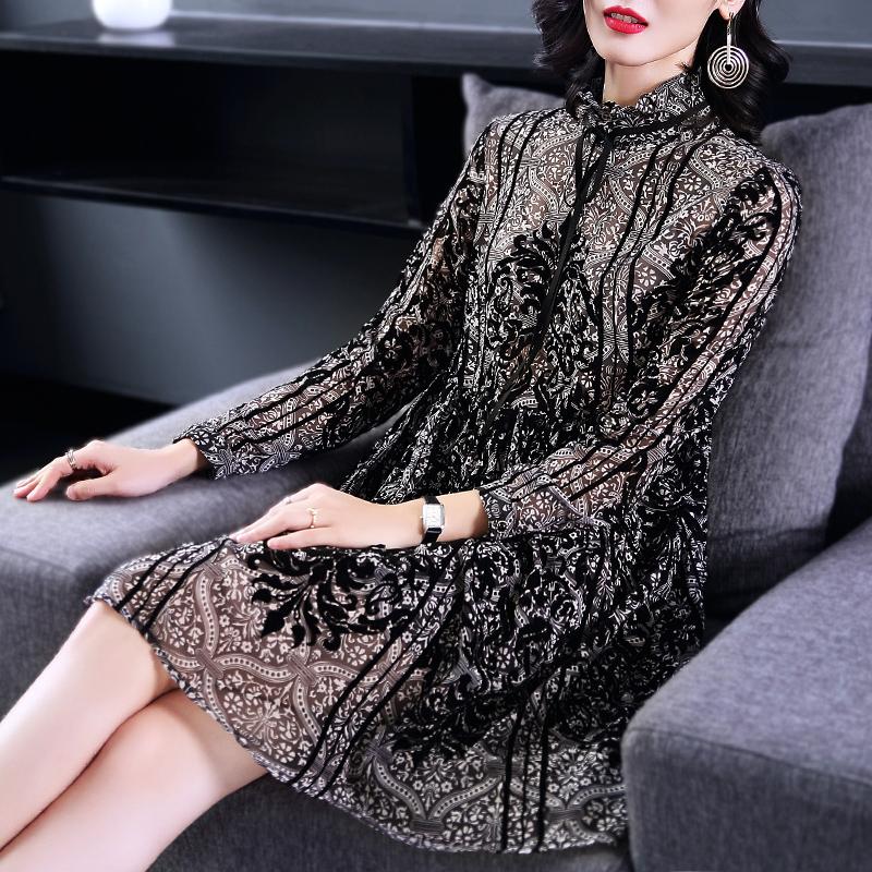 米肯牌子的长袖连衣裙价钱算贵吗?有没有优惠券