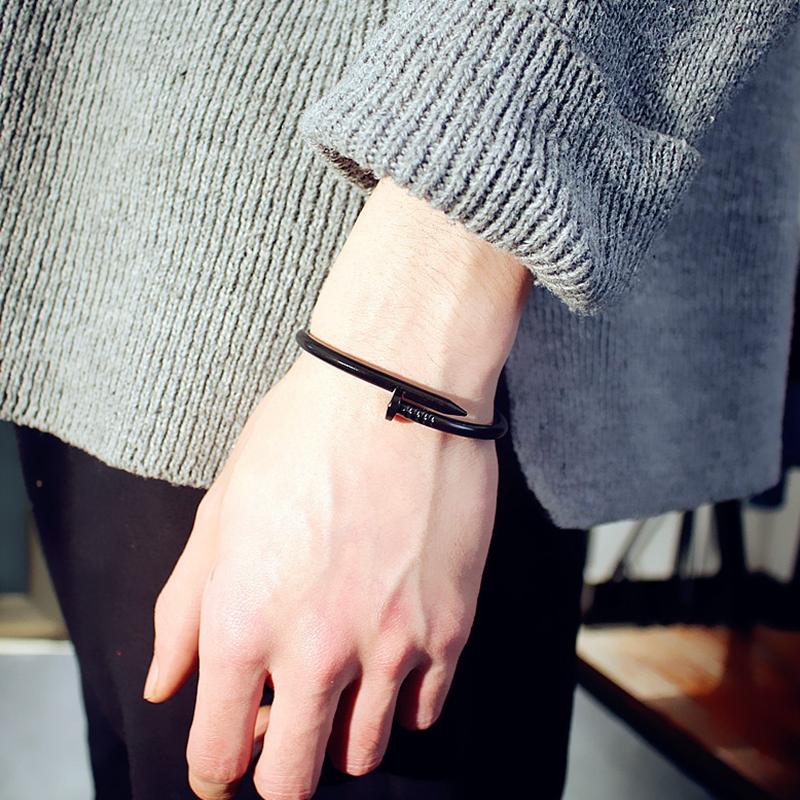韩国时尚情侣钛钢开口手镯女ins风百搭钉子学生首饰网红甜美手环
