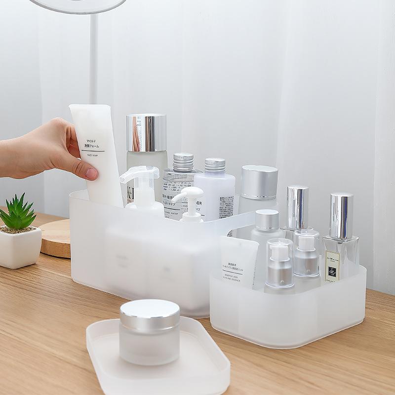 亚克力化妆品收纳盒首饰透明带盖防尘有盖塑料简约置物架桌面小型