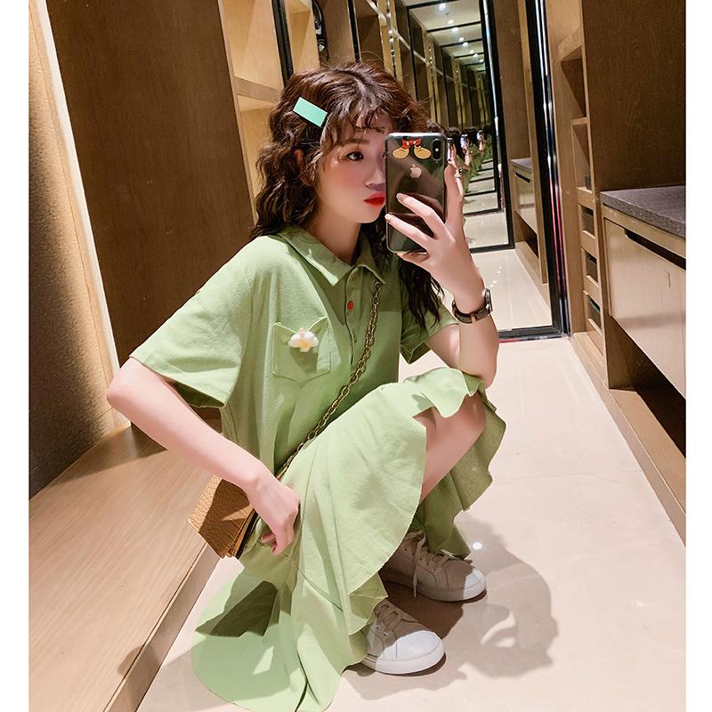 很仙的2019流行裙子显瘦女夏天抹茶绿法式小众polo领连衣裙小清新