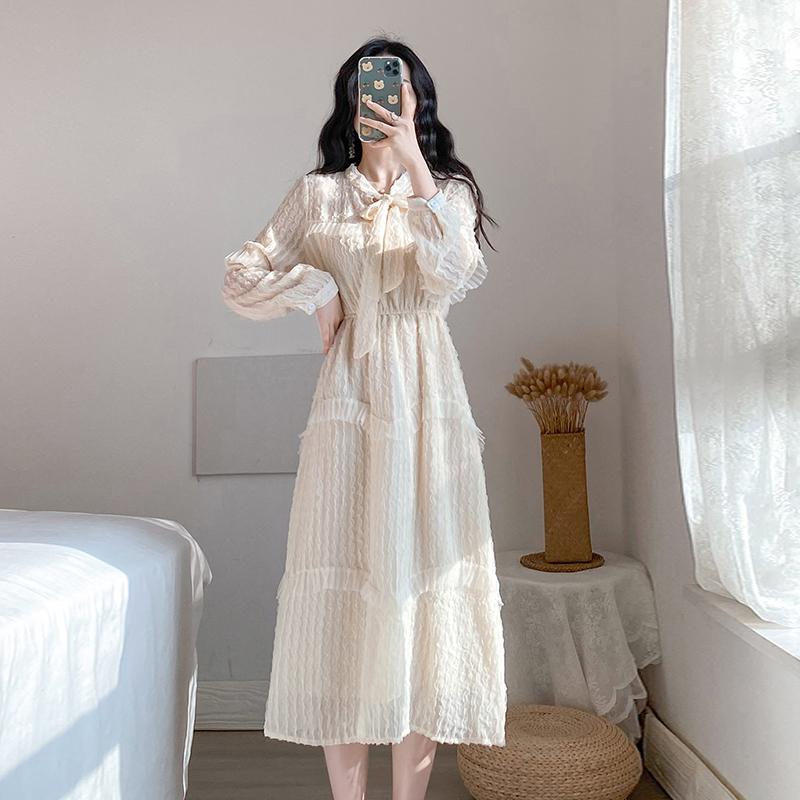 实拍#2020春新款法国小众雪纺连衣裙女法式长裙长袖流行杏色裙子-麦子熟了-