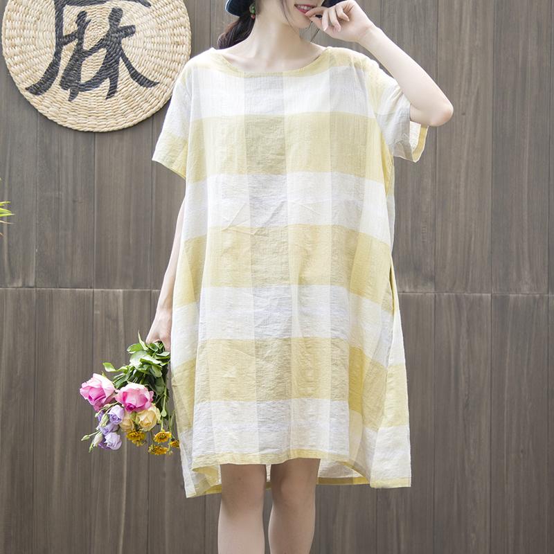陋室町 2018夏季新款文艺风原创格子连衣裙 宽松圆领短袖棉麻裙