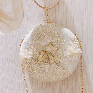 Fairy hanfu antique style bag new 2019 autumn dinner small round bag embroidery wild cheongsam clutch bag women bag