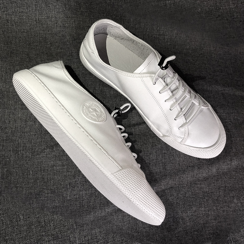 Breathable lazy little white shoes for men's versatile Korean summer 2020 new leather casual shoes flat bottomed European station men's shoes
