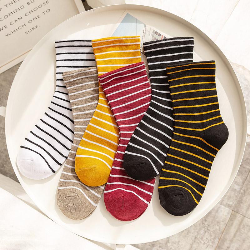 黑白条纹袜子女中筒袜ins潮百搭街头长袜秋冬韩版堆堆袜秋季长筒