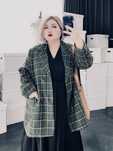 新款大码女装洋气秋装200斤胖MM英伦风格子薄毛呢西装潮西服外套图片