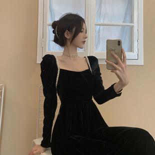 黑色新款法式丝绒连衣裙女秋冬2020年气质修身中长款收腰打底裙子图片