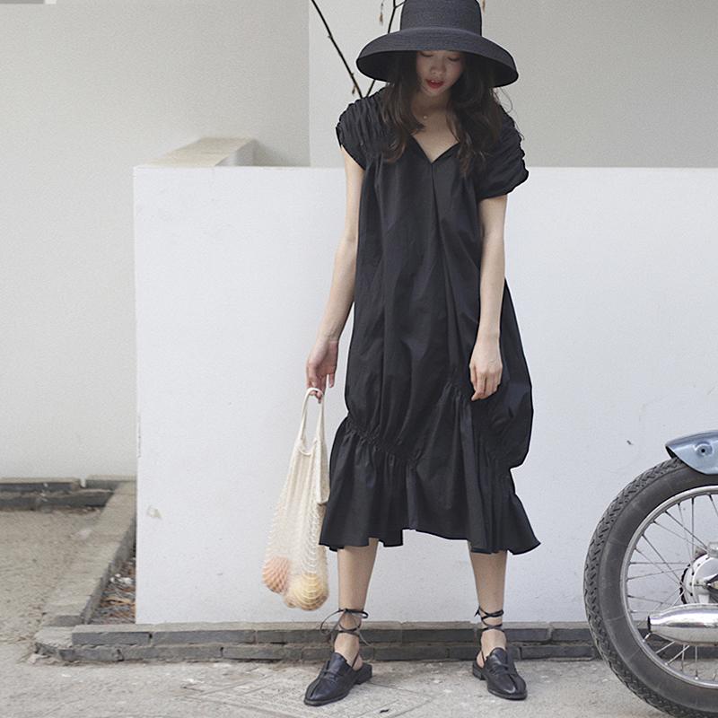 soloki收褶设计感 冷淡风v领不规则裙摆堆堆袖连衣裙 女