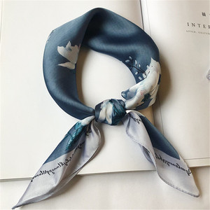2019 small square scarf Korean spring and autumn ladies flower printing small scarf decoration temperament stewardess small scarf decoration