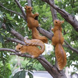 户外园林幼儿园摆件花园庭院装饰创意仿真动物雕塑树脂小松鼠摆件