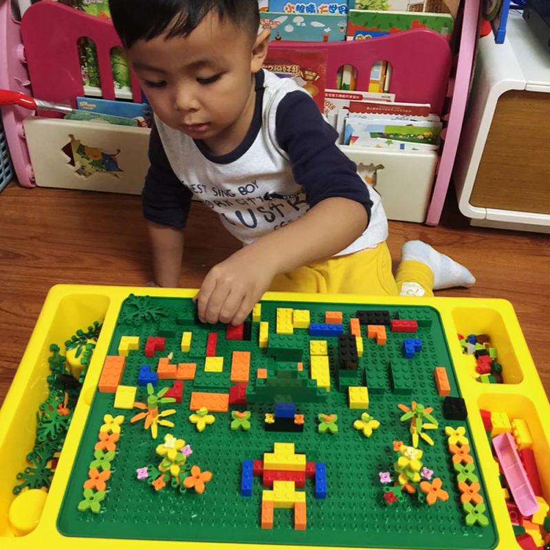儿童益智积木玩具3岁6男孩子小颗粒拼装多功能桌大女宝宝兼容lego