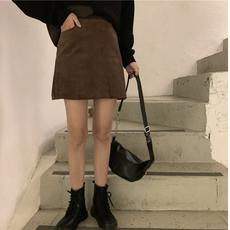 灯芯绒半身裙秋冬女韩版复古百搭高腰A字裙黑色包臀短裙一步裙子